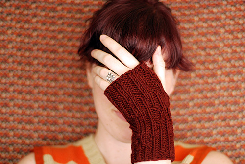 gameknittingglove