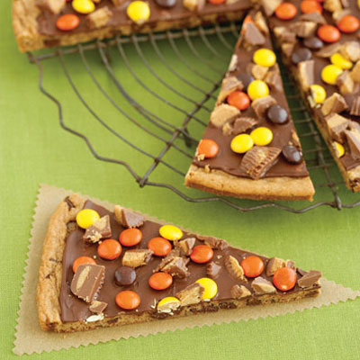 peanut-butter-pizza-071030-400
